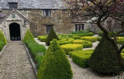 Landscaping of Grade 1 Listed Manor House